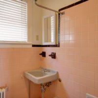 98 Huntington Upstairs Bathroom