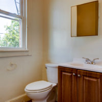 91 Easton Bathroom