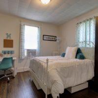 98 Huntington Bedroom (Furnished)